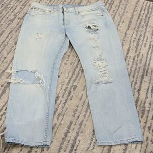 American Eagle mom jeans w rips